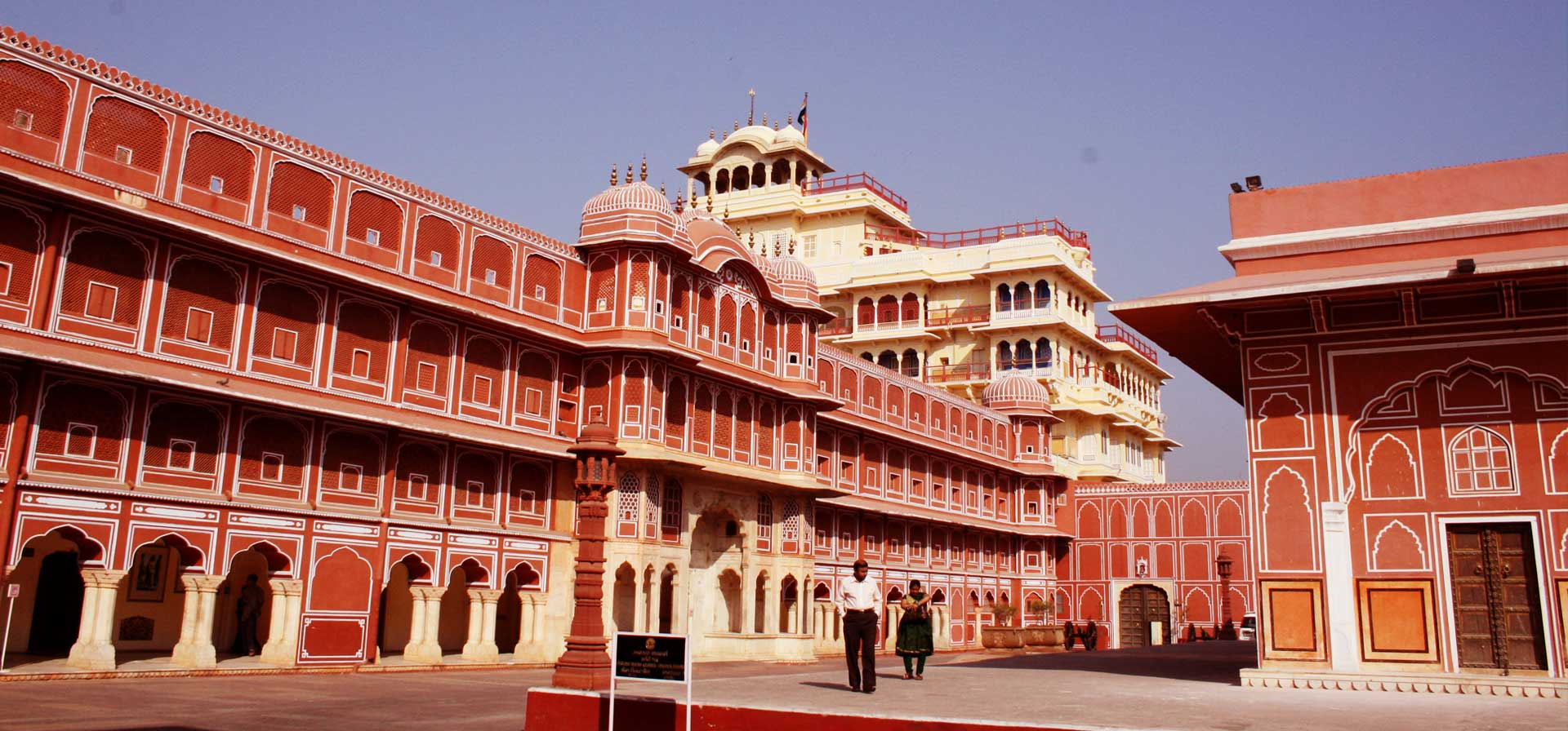 rajasthan train palace on wheels