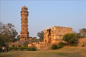 chittorgarh-vijay-stambh-or-tower-of-victory-2
